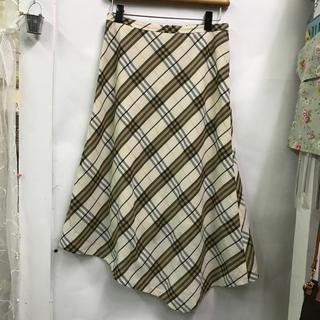 バーバリー(BURBERRY)の正規品★BURBERRY LONDONアシンメトリースカート★サイズ40(ひざ丈スカート)
