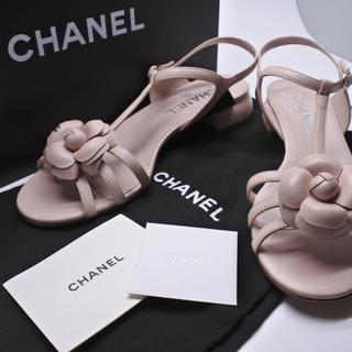シャネル(CHANEL)のシャネル サンダル ピンク 37C カメリア 14A 美品 箱付き シューズ 靴(サンダル)
