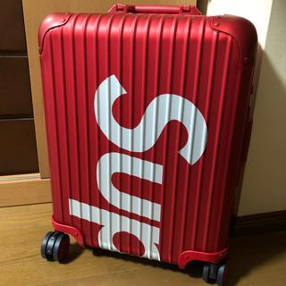 シュプリーム(Supreme)のSupreme RIMOWA Topas シュプリーム リモワ トパーズ 45L(トラベルバッグ/スーツケース)