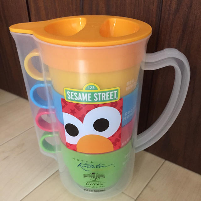 SESAME STREET(セサミストリート)のセサミストリート ポット&カップセット インテリア/住まい/日用品のキッチン/食器(弁当用品)の商品写真