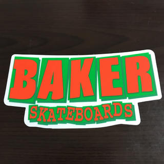 ベイカー(BAKER)の【縦6.5cm横13cm】BAKER skateboard ステッカー(ステッカー)