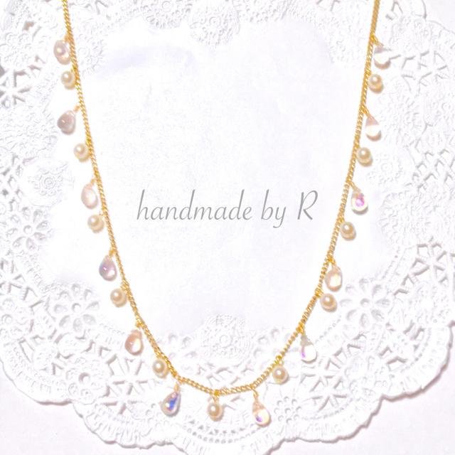 チェコビーズの雨粒ネックレス ハンドメイドのアクセサリー(ネックレス)の商品写真