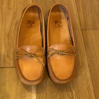 イルビゾンテ(IL BISONTE)のIL BISONTE イルビゾンテの革靴 ドライビングシューズ(ローファー/革靴)