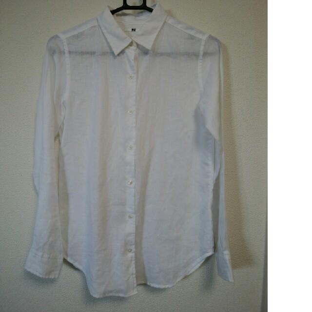 UNIQLO(ユニクロ)のUNIQLO ユニクロ リネンシャツ シンプル 無印良品 GU レディースのトップス(シャツ/ブラウス(長袖/七分))の商品写真
