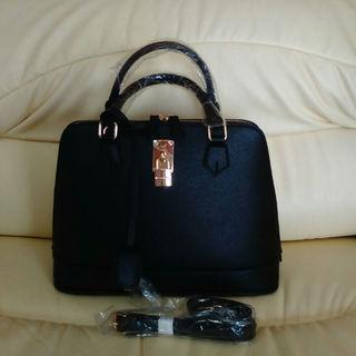 c7936fd6930e Samantha Thavasa - ⭐サバンサタバサ ハンドバッグ2way ブラック 新品未使用⭐の通販 by コスモス1956's shop |サマンサタバサならラクマ