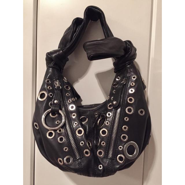 MOSCHINO(モスキーノ)のMOSCHINOモスキーノ ブラックレザーショルダーバッグ鞄 レディースのバッグ(ショルダーバッグ)の商品写真
