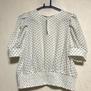 ジーユー(GU)のタグ付き*ドットブラウス(シャツ/ブラウス(半袖/袖なし))