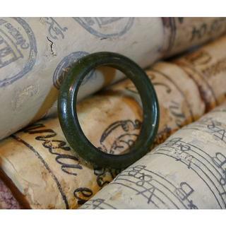 J447 599円 ヒスイ翡翠リング指輪 9号 ジェイド ダークグリーン(リング(指輪))