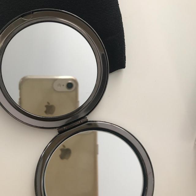 草花木果(ソウカモッカ)の新品未使用品 非売品 草花木果  2面手鏡 レディースのファッション小物(ミラー)の商品写真