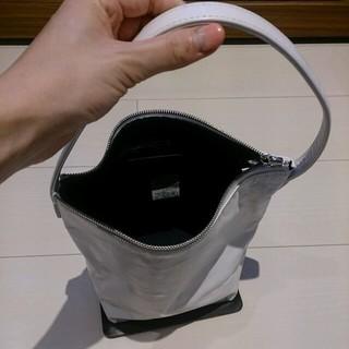 ヨウジヤマモト(Yohji Yamamoto)の最終値下げでスタイリッシュなバックです。(ハンドバッグ)