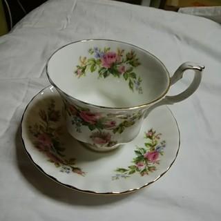 ロイヤルアルバート(ROYAL ALBERT)のロイヤルアルバートのカップ&ソーサー(グラス/カップ)