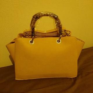 ジーユー(GU)の新品未開封タグ付きGUバンブーバッグ黄色2way完売品(ハンドバッグ)