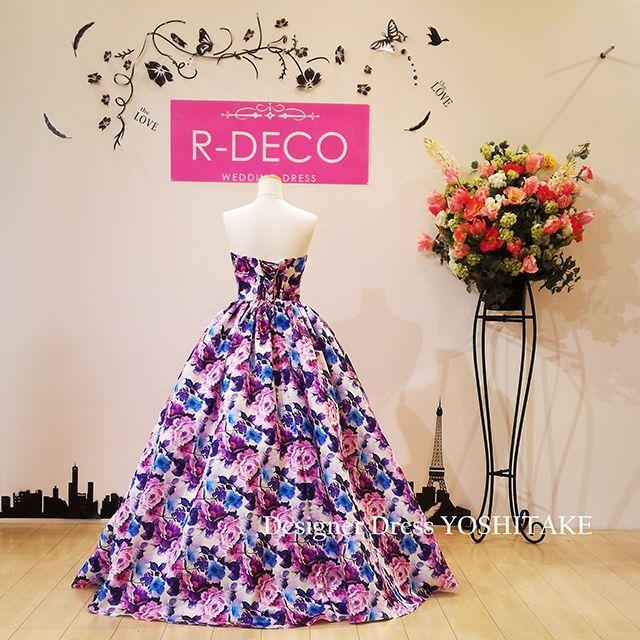 ウエディングドレス(パニエ無料サービス) パープル花柄 披露宴/二次会 レディースのフォーマル/ドレス(ウェディングドレス)の商品写真