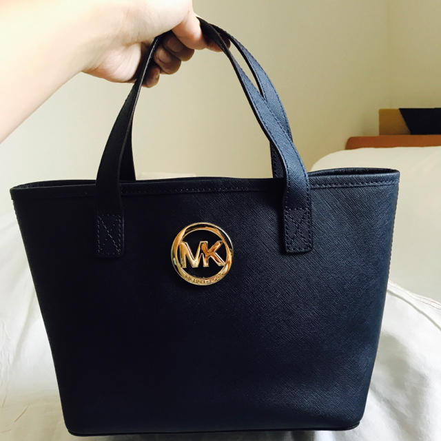 Michael Kors(マイケルコース)のマイケルコースMKレザートートミニハンドバッグ レディースのバッグ(ハンドバッグ)の商品写真