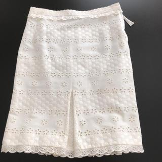 ルイヴィトン(LOUIS VUITTON)のビィトンスカート(ひざ丈スカート)