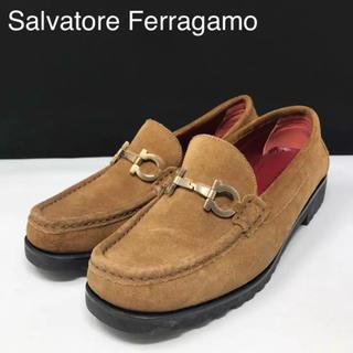 サルヴァトーレフェラガモ(Salvatore Ferragamo)の正規品 フェラガモ ガンチーニ スエード ローファー ライトブラウン(ローファー/革靴)