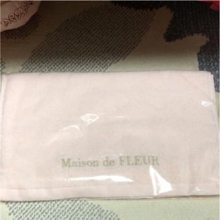 メゾンドフルール(Maison de FLEUR)の新品 非売品 今治 マフラータオル メゾンドフルール(タオル/バス用品)