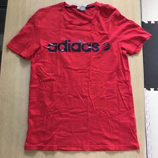 アディダス(adidas)の【美品】定価4,000円 adidas メンズTシャツ レッド(Tシャツ/カットソー(半袖/袖なし))