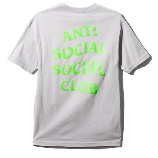 ANTI(アンチ)のAntiSocialSocialClub silver rogo Tシャツ  メンズのトップス(Tシャツ/カットソー(半袖/袖なし))の商品写真