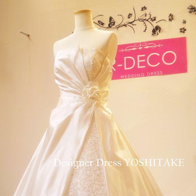 ウエディングドレス(パニエ無料サービス) Aラインロングトレーン刺繍入り レディースのフォーマル/ドレス(ウェディングドレス)の商品写真