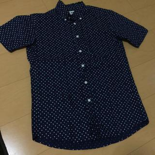 ユニクロ(UNIQLO)のUNIQLOドットシャツ(シャツ)