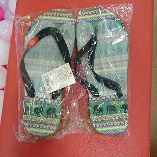 チチカカ(titicaca)のチチカカビーチサンダル新品タグ付きです(ビーチサンダル)