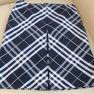 バーバリー(BURBERRY)のBURBERRY  /三陽商会 40サイズ(ひざ丈スカート)