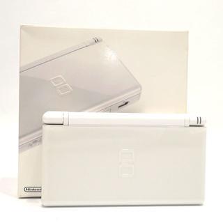 ニンテンドーDS(ニンテンドーDS)のC285 美品 任天堂 DSライト ホワイト 付属品有り  (携帯用ゲーム本体)