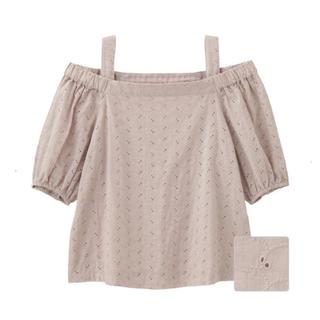 ジーユー(GU)の美品♡ジーユー♡GU♡レースオフショルダーブラウス(シャツ/ブラウス(半袖/袖なし))