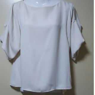 ベルメゾン(ベルメゾン)の新品ブラウス(シャツ/ブラウス(半袖/袖なし))