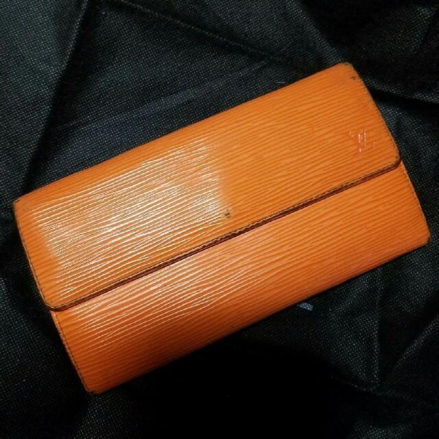 finest selection 8ebe9 5ac87 【専用】ヴィトン エピ長財布 オレンジ | フリマアプリ ラクマ