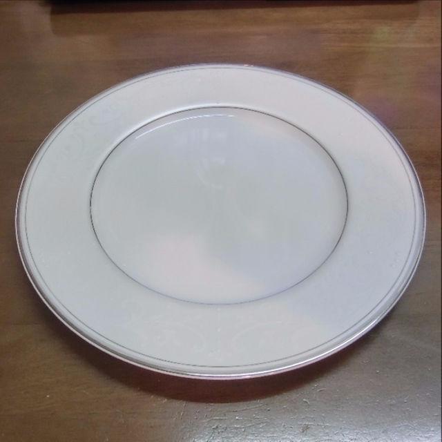 NIKKO(ニッコー)のNIKKO 25.5㎝ プレート 24枚セット インテリア/住まい/日用品のキッチン/食器(食器)の商品写真