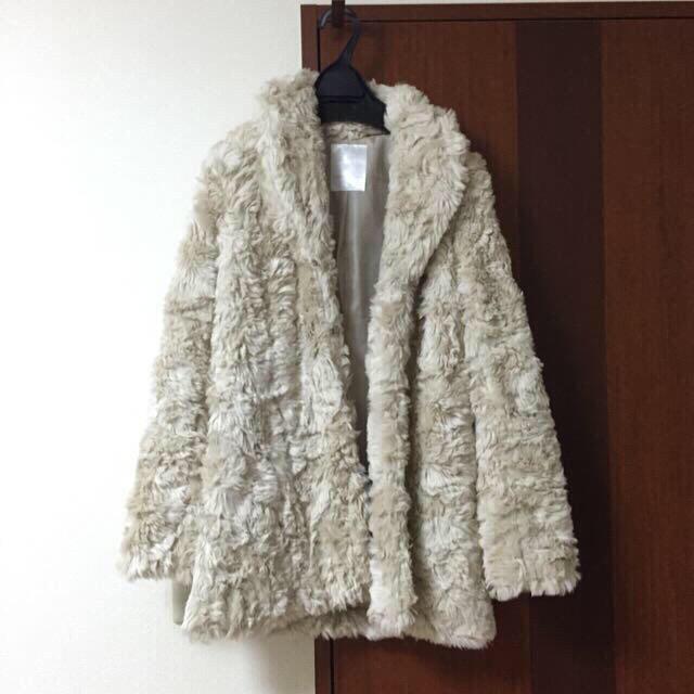 MERCURYDUO(マーキュリーデュオ)のerica様 9日までお取り置き レディースのジャケット/アウター(毛皮/ファーコート)の商品写真