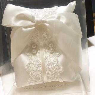ヨンドシー(4℃)のラザールダイヤモンド リングピロー(ウェディングドレス)