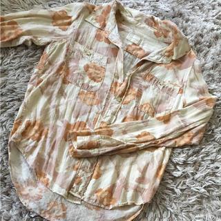 アングリッド(Ungrid)のUngrid ヴィンテージ風フラワーシャツ(シャツ/ブラウス(長袖/七分))