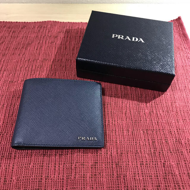 d7695febb638 PRADA(プラダ)の値下げ可 PRADA 財布 サフィアーノ ネイビー メンズのファッション小物(