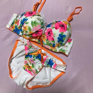 新品 ブラジャーパンツセットオレンジ花ピンクD75(ブラ&ショーツセット)