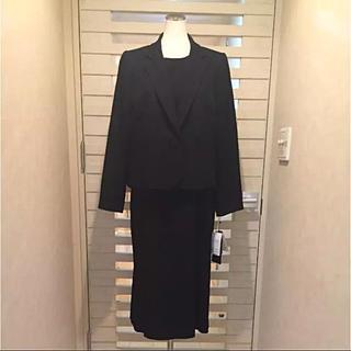 ユキトリイインターナショナル(YUKI TORII INTERNATIONAL)のユキトリイ(YUKI TORII)新品19号 定価12万黒の礼服 大きなサイズ!(礼服/喪服)