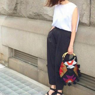 シキカトウキョウ(Shikica Tokyo)のShikica Tokyo バンブーハンドル刺繍バッグ(ハンドバッグ)