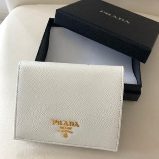 プラダ(PRADA)の【新品未使用】プラダ PRADA 二つ折り財布(財布)