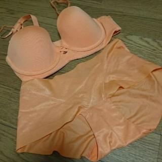 アモスタイル(AMO'S STYLE)のTシャツブラセット  オレンジ(ブラ&ショーツセット)