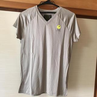 イズリール(IZREEL)のイズリール VネックTシャツ グレー(Tシャツ/カットソー(半袖/袖なし))