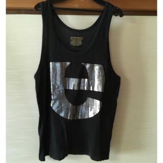 イズリール(IZREEL)のイズリール プリントタンクトップ ブラック(Tシャツ/カットソー(半袖/袖なし))