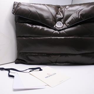 モンクレール(MONCLER)のモンクレール クラッチバッグ ブラウン ナイロン 未使用 箱付き ドキュメント(クラッチバッグ)