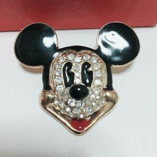 ディズニー(Disney)のミッキーブローチ(ブローチ/コサージュ)