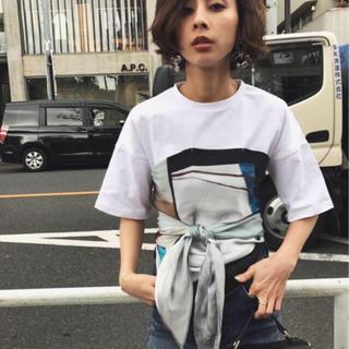 アメリヴィンテージ(Ameri VINTAGE)の新品タグ付き ameri  MEDI DRAWING UNEVENTEETシャツ(Tシャツ(半袖/袖なし))