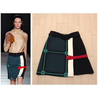 プラダ(PRADA)の本物 希少 美品 プラダ ベルトモチーフ ラップスカート 40 マルチカラー(ひざ丈スカート)