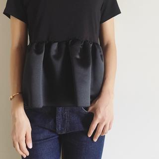 バーニーズニューヨーク(BARNEYS NEW YORK)のyokochan フリル トップス(Tシャツ(半袖/袖なし))