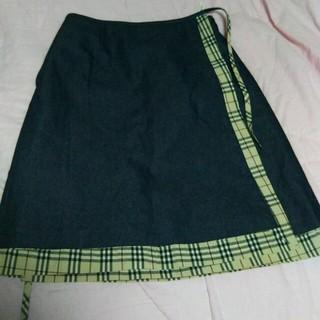 バーバリー(BURBERRY)の土曜日、日曜日までおねさげ!スカート(ひざ丈スカート)