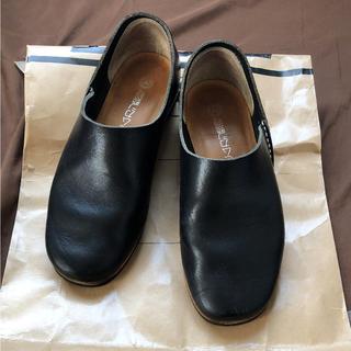 ドゥルカマラ(Dulcamara)のヒムカシ製靴 Armenia Slip on 25.0 黒(スリッポン/モカシン)